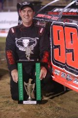 Ryan Halliday Perth Motorplex win image